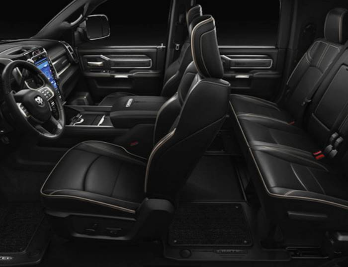 2021 Dodge Ram 2500 and 3500 Diesel Interior